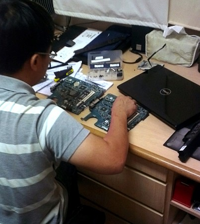On Site Service: Technician changes the motherboard