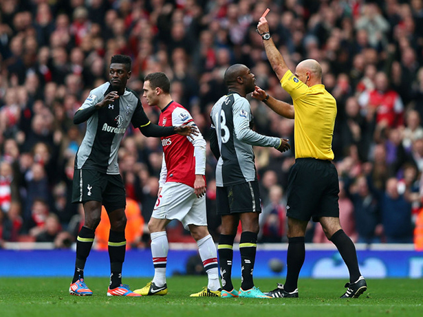 Adebayor is sent off for a horrific challenge. Everyone here has played for Arsenal.
