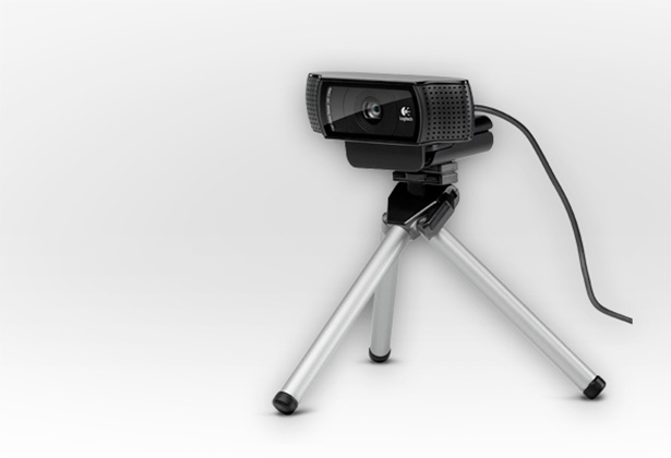 The C920 is easily attached and has an option for tripod mounting.