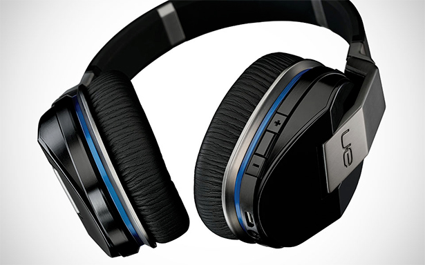 The UE 9000 packs the largest feature set seen on headphones.