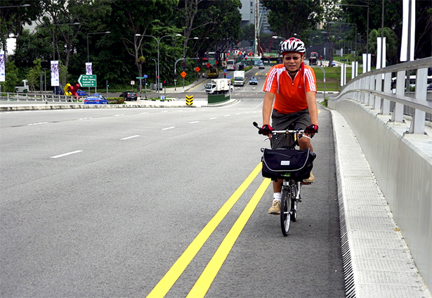 An expanded left lane such as this at Bayfront Avenue is viable. (Credit: lovecycling.net)